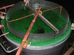Edelstahl Behälter elektropoliert epolieren e polieren Trommelteile Trommelware Gestellteile Gestellware