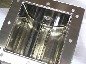 Behälter innen elektropoliert elektropoliertes Edelstahl Bauteil elektropolieren entgraten elektrolytisch